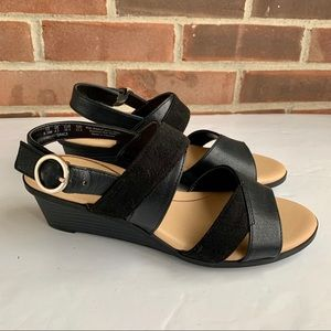 Like new Dr. Scholl's wedge sandals